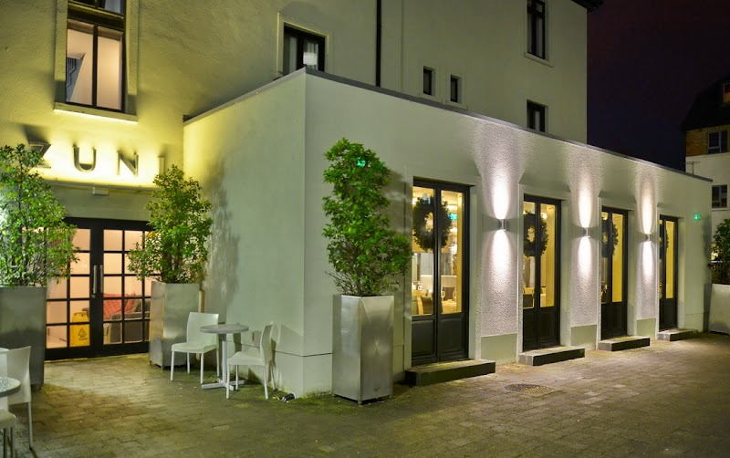 Foto von Zuni Restaurant, Bar & Boutique Hotel